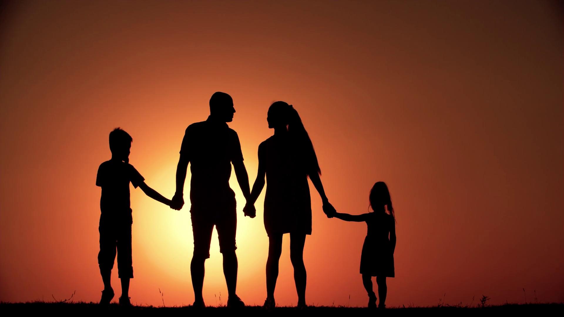 ... tình yêu thương gia đình. Chỉ cần những thao tác rất đơn giản, bạn đã có thể sở hữu toàn bộ những bức ảnh tuyệt vời trong bộ sưu tập rồi đấy.