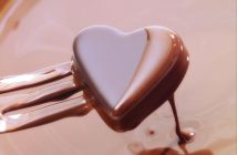 Hình ảnh socola trái tim tình yêu
